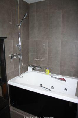 baignoire baln o kin do fourniture et pose des sanitaires. Black Bedroom Furniture Sets. Home Design Ideas