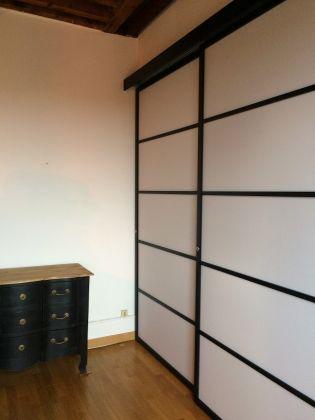 une tr s bonne id e pour la porte d 39 un placard l 39 esprit japonais. Black Bedroom Furniture Sets. Home Design Ideas