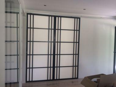 porte opaque qui laisse passer la lumi re dans vos pi ces. Black Bedroom Furniture Sets. Home Design Ideas