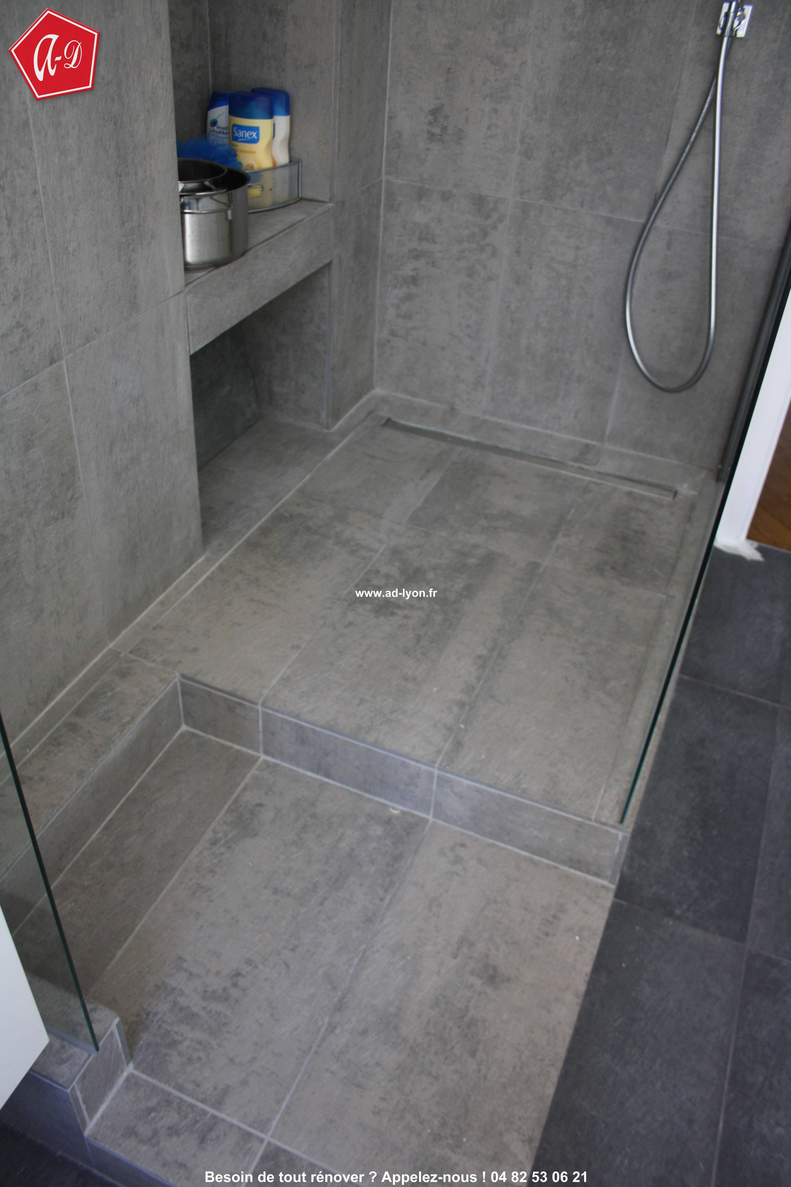 Combien va vous couter la r novation de votre salle de bain for Grande douche a l italienne