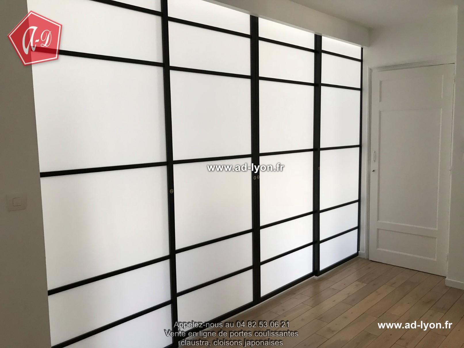 Panneau Pour Separer Piece séparer l'entrée et salon avec une cloison mobile la solution